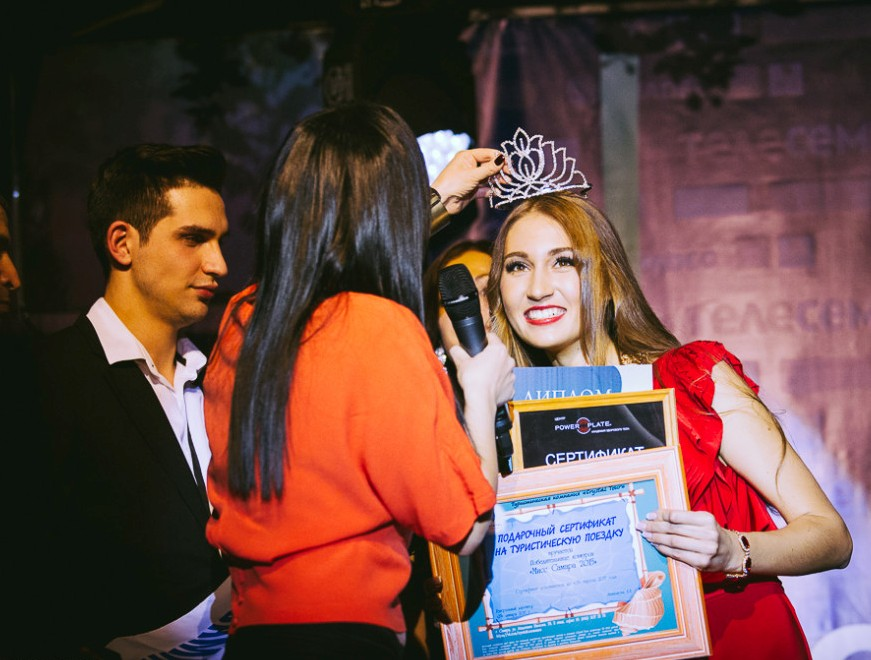 На страже красоты: тренировка Юли Дубровиной на Power Plate перед конкурсом «Мисс Самара 2015»