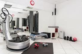Тренировка на Power Plate® поможет убрать висцеральный жир у людей, страдающих ожирением*